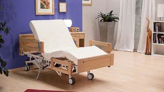Pflegebett Aktivia