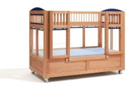 Therapie-Kinderbett Lukas 102