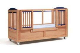 Therapie-Kinderbett Lukas 68